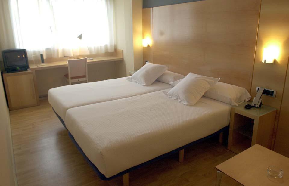 Reforma integral de edificio para Hotel Plaza