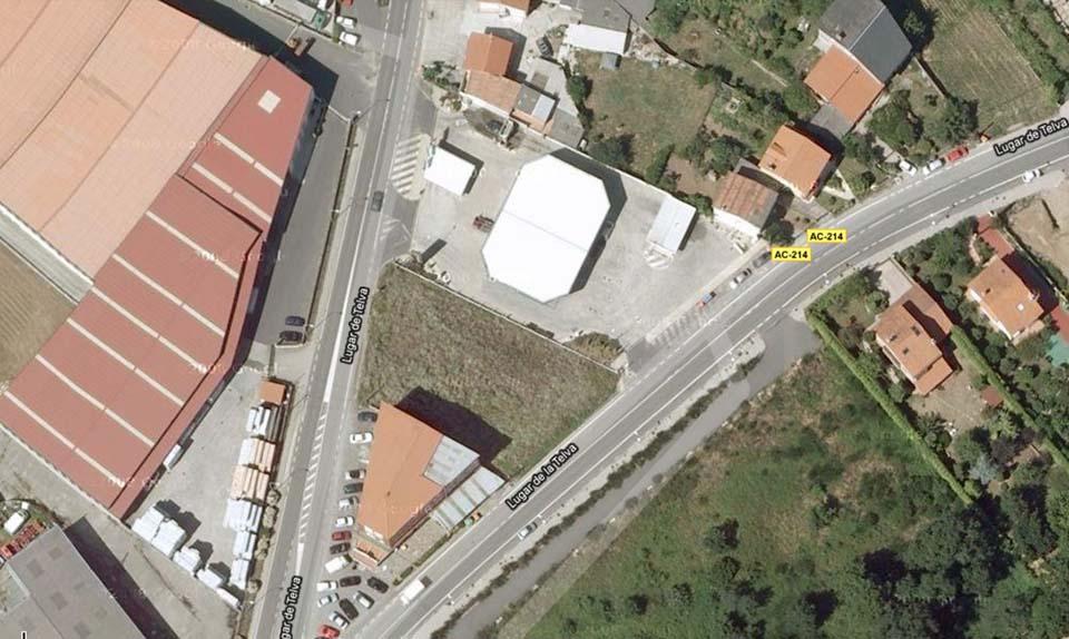 Nave industrial y oficinas en A Telva
